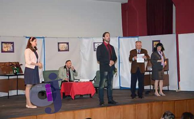 Predstava Narodni poslanik