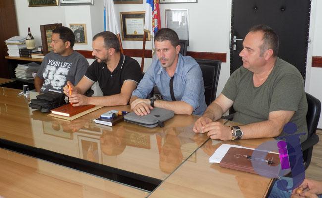 Javni radovi potpisivanje ugovora 004