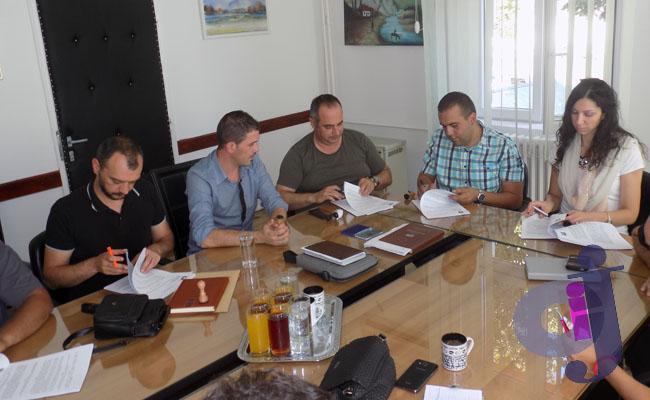 Javni radovi potpisivanje ugovora 008