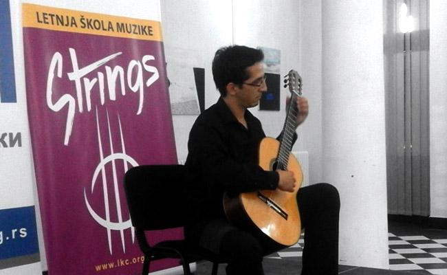 Strings 002