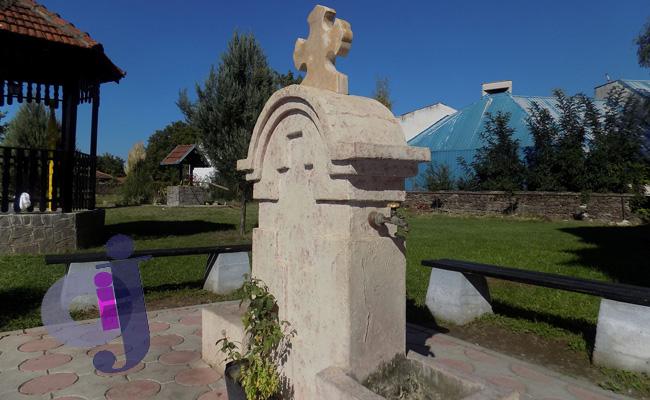 crkva-u-lebanu-bunar-003