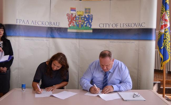 leskovac-donacija-skolama-001