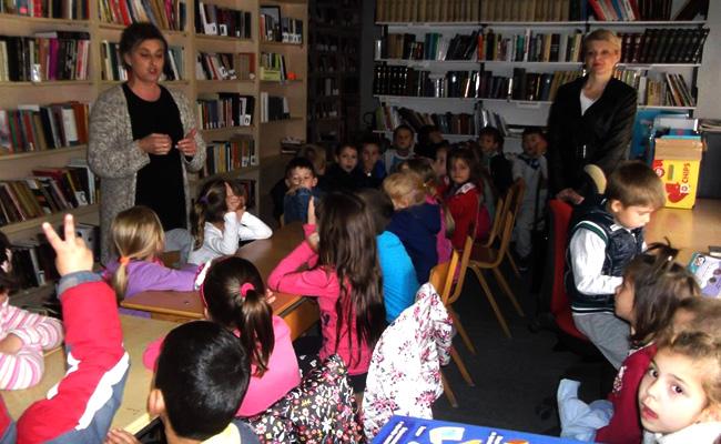 medvedja-deca-u-biblioteci-1